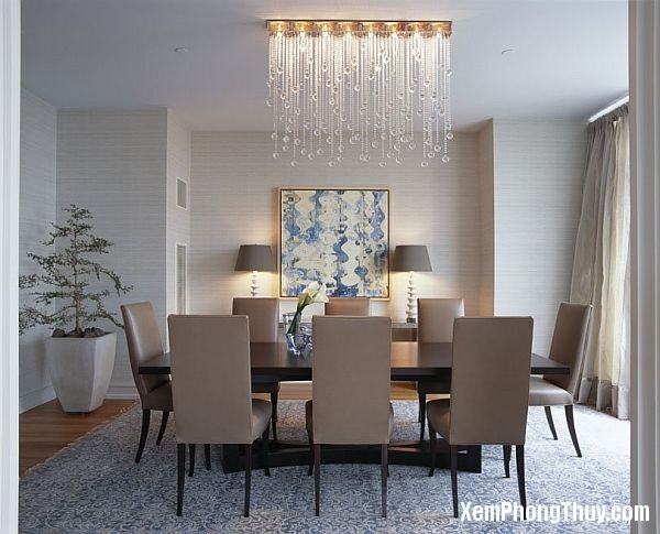elegant-dining-table-with-crystal-chandelier1