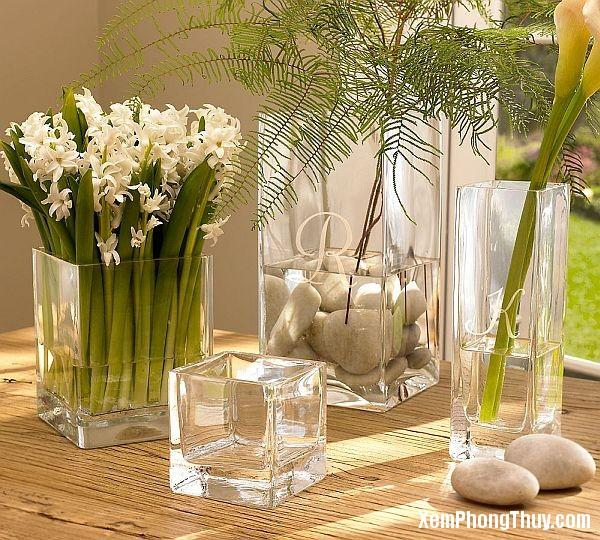 binh hoa2 Những điều kiêng kỵ khi bày bình hoa ở trong phòng khách