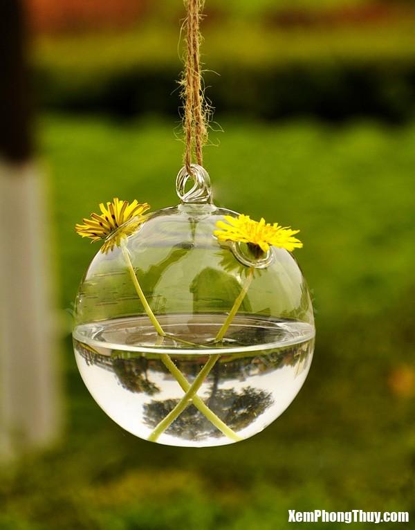 1 Bài trí bình hoa hợp khoa học phong thủy giúp nhà đẹp và tốt về đường tình duyên