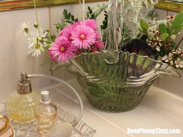 8 Bài trí bình hoa hợp khoa học phong thủy giúp nhà đẹp và tốt về đường tình duyên